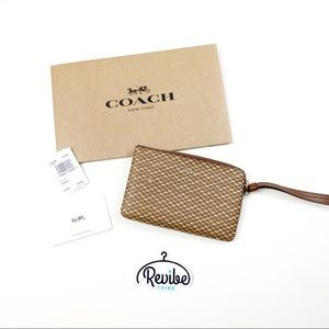Coach Brown Tan Crossgrain Leather Wristlet NWT